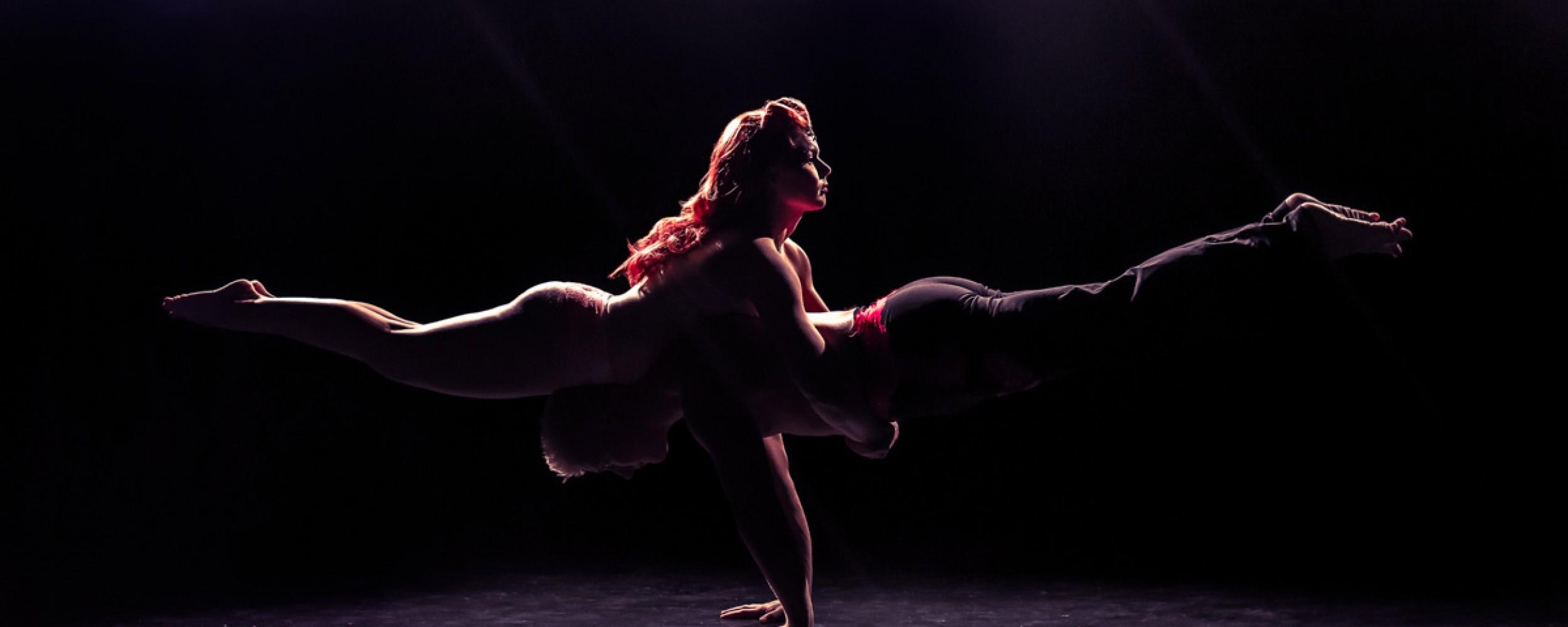 miss acrolicious burleski artisti